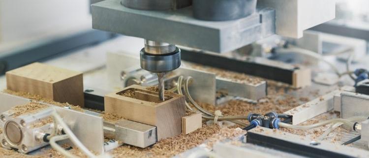 individuelle Holzteile CNC gefräst