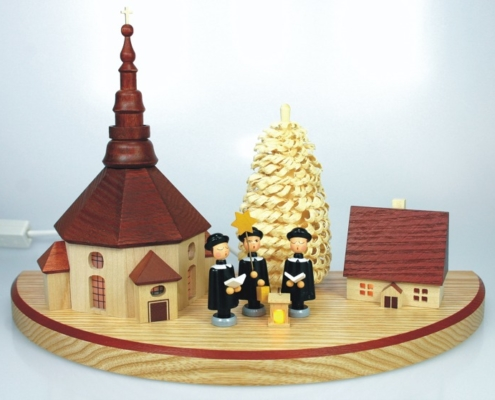 Dorf mit Seiffener Kirche mittelgroß natur, mit Beleuchtung